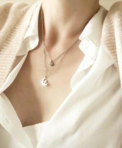 collar luna plateada mujer