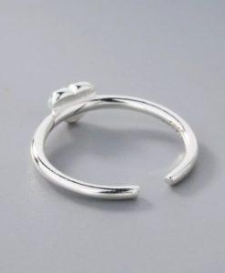 anillo corazon minimalista